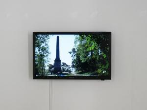 Ryts Monet, Taking the shadow of an obelisk and letting it dissolve into the sea, Video