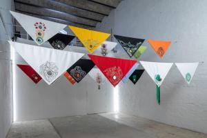 Die suppe its gegessen, 2011-2018, 25 foulards ricamati a mano, 90 x 90 cm. cad