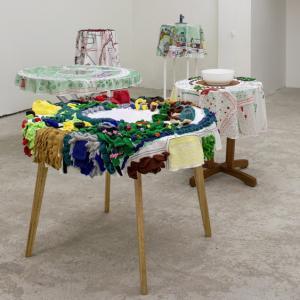 No Light. Tablecloths, 2010 - 2018, installazione di 10 tovaglie, diametro 120 cm