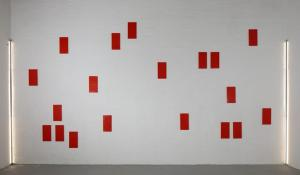 Lucio Pozzi, 40 Red Planets, courtesy Galleria Michela Rizzo and the artist photo by Francesco Allegretto2